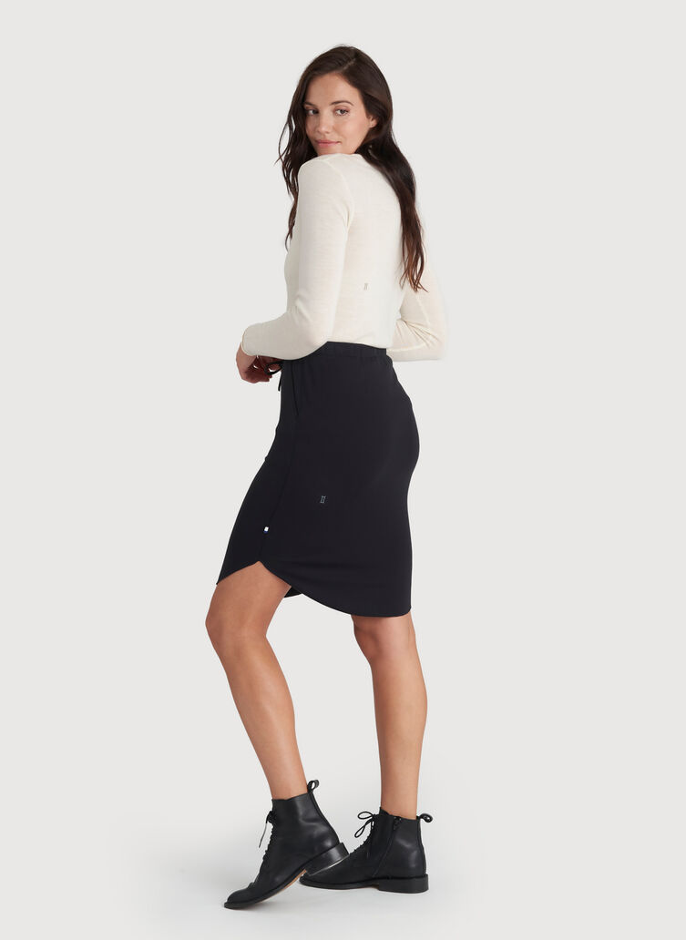 Brushing Up Skirt, BLACK | Kit and Ace