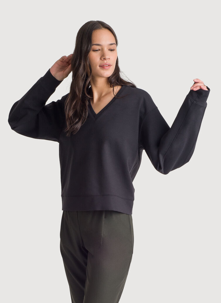 Stretch V-Neck Long Sleeve, BLACK | Kit and Ace