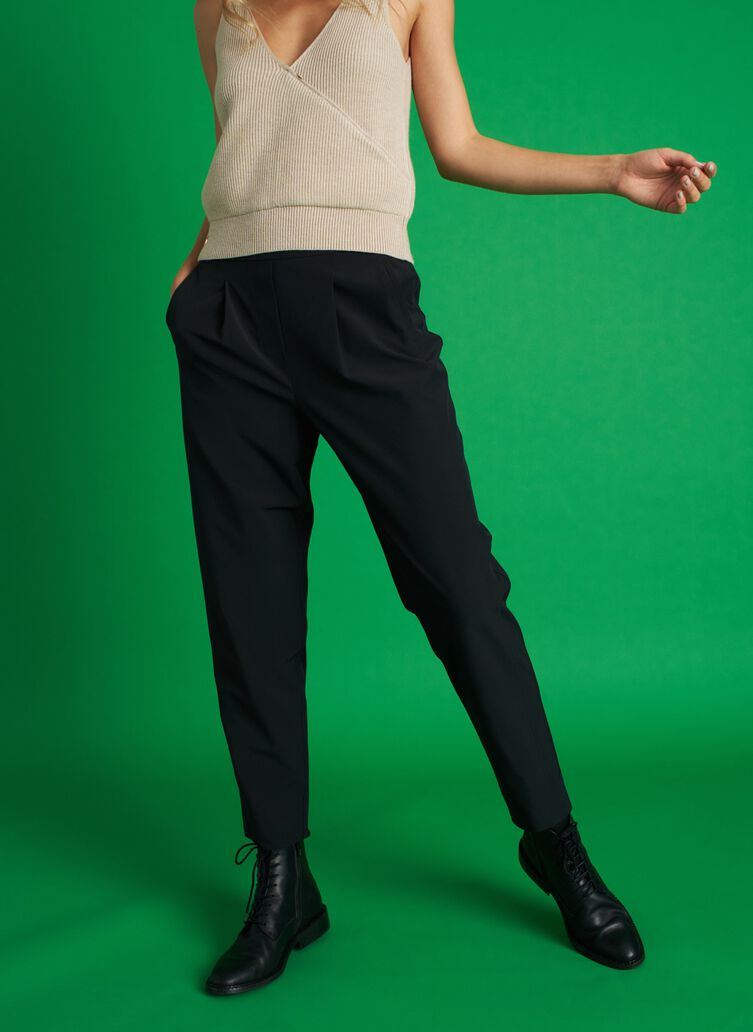 Featherlight Pants, Black | Kit and Ace