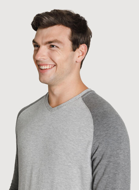 Time Out Brushed V Neck 2.0, HTHR GREY/HTHR CHARCOAL GREY | Kit and Ace