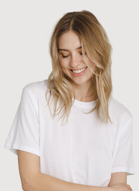 Seaside Tee, Bright White | Kit and Ace