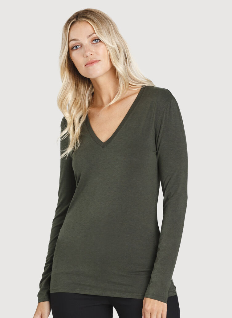 Kit Long Sleeve V-Neck, Ivy | Kit and Ace